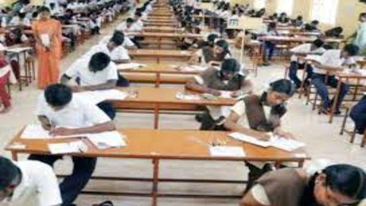 तय समय पर होगी बोर्ड परीक्षाएंः सीबीएसई