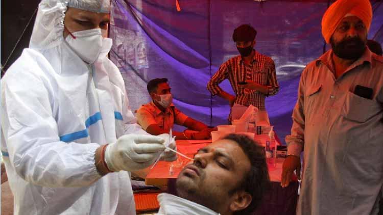 भारत में कोरोना के 3.32 लाख नए मामले दर्ज, 2,263 मौतें