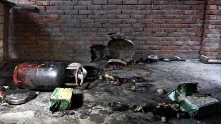 यूपी के गोंडा में सिलेंडर फटने से आठ की मौत, सात घायल
