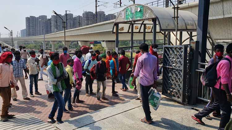 दिल्ली लौटने लगे प्रवासी मजदूर