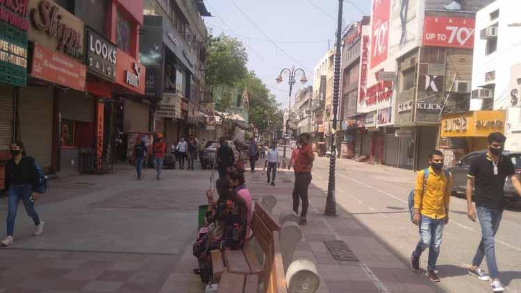 दिल्ली में सोमवार से सार्वजनिक गतिविधियां और सभी दुकानें खुल सकेंगी