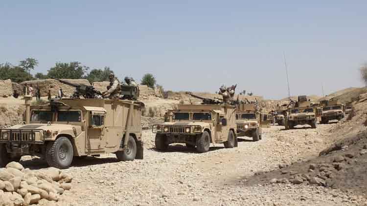 अफगानिस्तान में तालिबानियों ने 100 दुकानों और 20 घरों में आग लगा दी