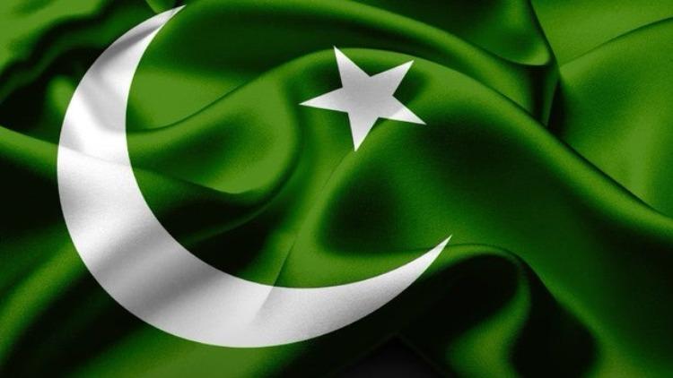 पाकिस्तानः गरीबी में आटा गीला