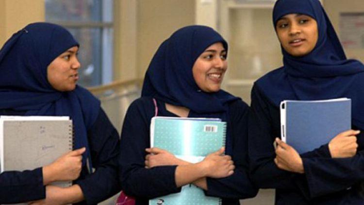 मुसलमानों का स्कूल नामांकन में बेहतर प्रदर्शन, ड्रॉपआउट दर पर डेटा नहीं