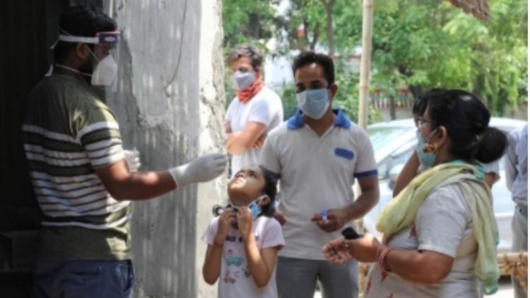 भारत में अक्टूबर अंत तक तीसरी कोविड लहर चरम पर हो सकती है: एनआईडीएम