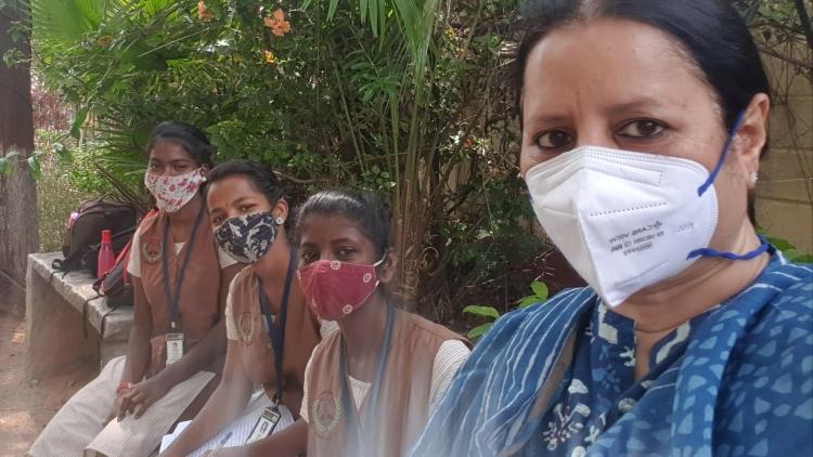 https://www.hindi.awazthevoice.in/upload/news/163121409004_Dr_Iffat_redifing_women_empowerment.jpg