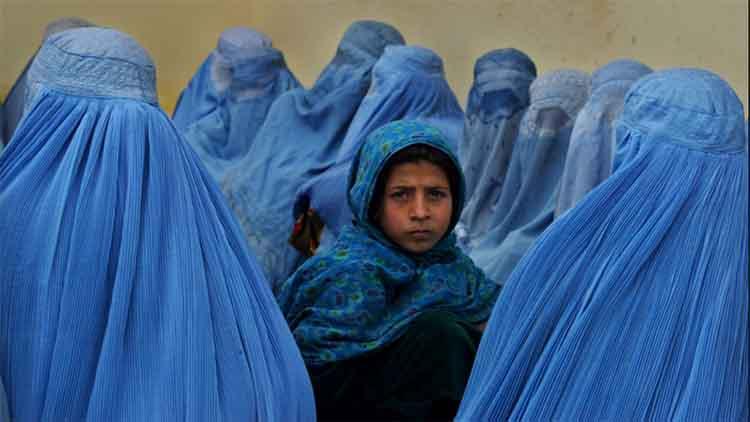 तालिबान महिलाओं का विश्वास जीतने में विफल
