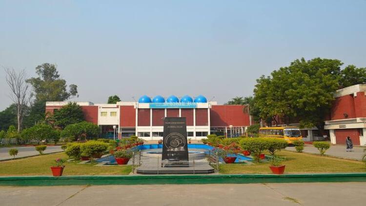 जवाहरलाल नेहरू मेडिकल कॉलेज
