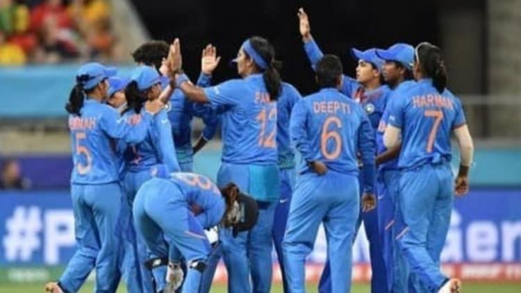 महिला क्रिकेट : रोमांचक मुकाबले में ऑस्ट्रेलिया ने भारत को 5 विकेट से हराया