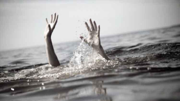 चीन में जलपोत पलटने से 12 की मौत, कई लापता
