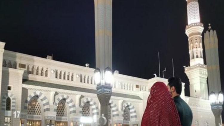 इमरान खान और बुशरा बी की बेटी की शादी हुई मदीना मस्जिद में
