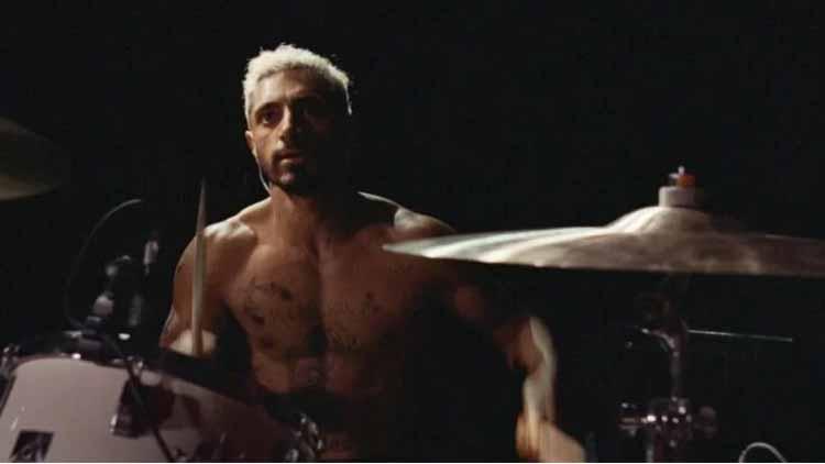'साउंड ऑफ मेटल' में ड्रम बजाते रिजवान अहमद
