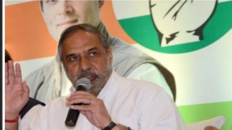 अलहदा सुरः आनंद शर्मा ने बंगाल में कांग्रेस के रवैए पर सवाल उठाए हैं