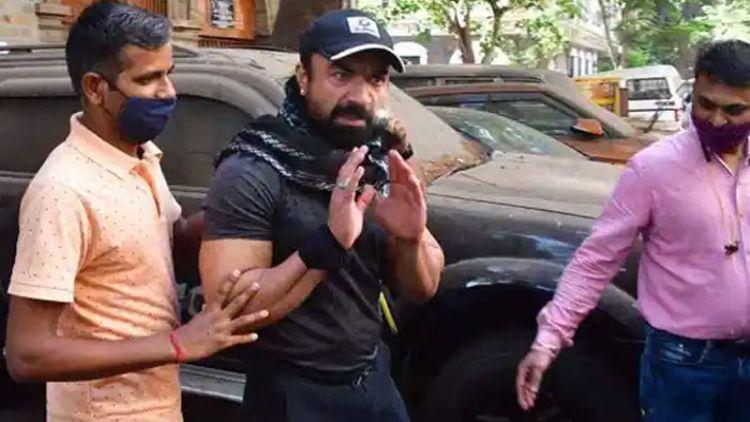 ड्रग मामले में भारतीय अभिनेता एजाज खान गिरफ्तार