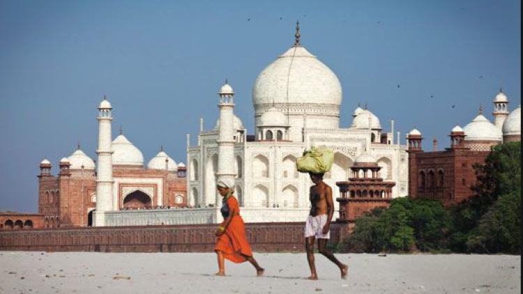 ताजमहल में छिपी हैं कारीगरों की निशानियां